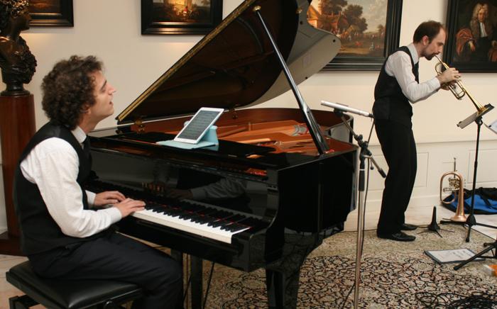 Grit en Shcherbakov, pianist en trompettist van Play it hard.