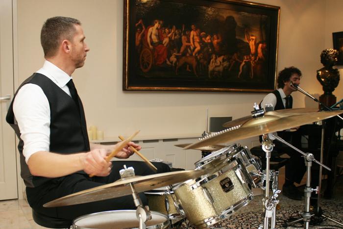 Theo Kammenga en Vincent Grit, drummer en pianist van Play it hard.