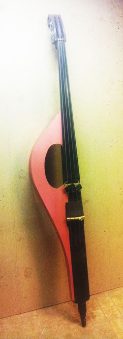A creative bass made by Jos Noorhoff.