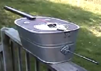 A double bass made of a washtub.
