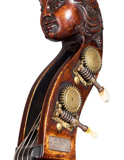 Double bass head woman