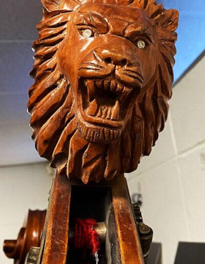 Double bass head lion